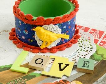 Upcycled bangle bracelet / vintage fabric bracelet / wooden bangle / upcycled bird bracelet / mixed media jewelry / playful bracelet / eco