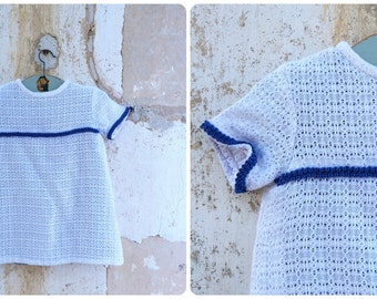 Vintage  1960/60s French white textured cotton  navy blue finishings baby dress short sleeves / size 2 years