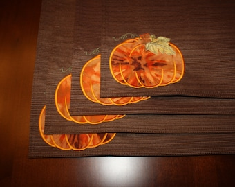 Embroidered Placemats with Pumpkin Applique in Brown