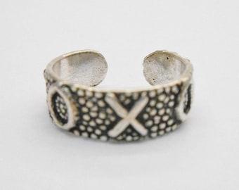 Toe Ring, Sterling Toe Ring, Silver Toe Ring, Toe Rings, XOXO Toe Ring, Sterling Silver XOXO Design Toe Ring #1144