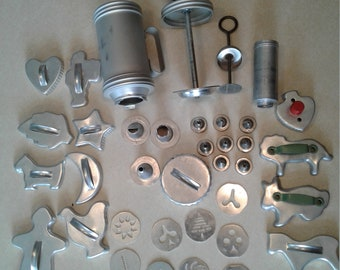 Vintage Mirro Cooky & Pastry Press and Vintage cookie cutters