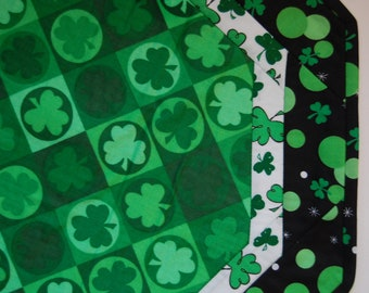 St. Patrick's Day Shamrock Octagon Table Topper