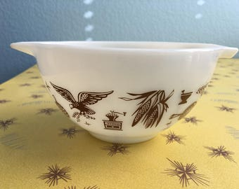Vintage Pyrex 441- Early American Nesting Bowl