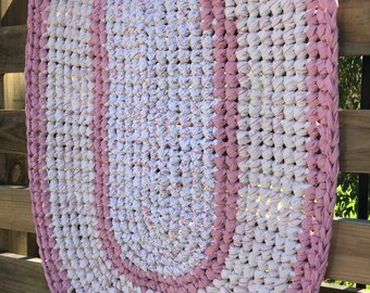 "Pink & White Oval Rag rug 35"" x 23"""