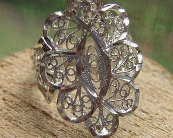 Vintage Sterling Silver Filigree Women's Ring Size 7 Ladies Ring Rope and Flower Design