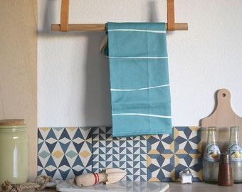 Tea towel flour Sack. BLUE STRIPES TOWEL. Tea towel. dish towel in blue stripes. Kitchen textiles.