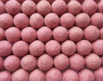 Felt Balls Peach - 20 Pure Wool Beads - Pink Peach Shade