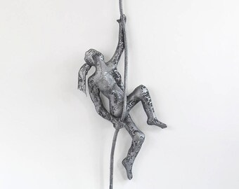 Climbing wall art, metal wall art, Climbing woman sculpture on rope, wire mesh sculpture, wall hanging, sport art