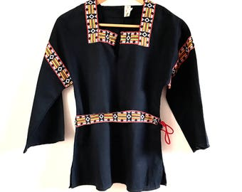Vintage Embroidered Blouse. Folk Peasant Embroidered Blouse. Folk Embroidered Top. Folk Blouse. Bohemian Top. Boho Blouse. Boho Top