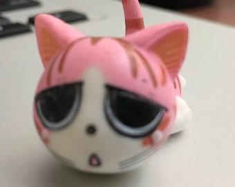 Chii Cat mini sculpture
