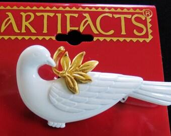 JJ Jonette  Dove Of Peace Brooch Pin