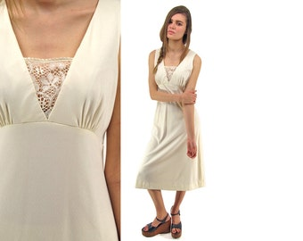 On Sale - 70s Boho Lace Midi Dress, Empire-Waist, Sleeveless, Hippie Dress Δ size: sm / md