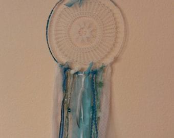 Vintage Dreamcatcher in white and turquoise