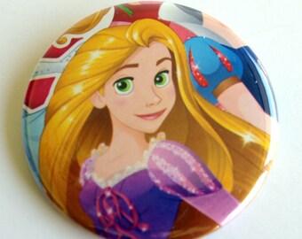 10 Upcycled Disney Princesse bouton - princesse cotillons - fête d'anniversaire de princesse - princesse Rapunzil faveur - princesse Rapunzil Party