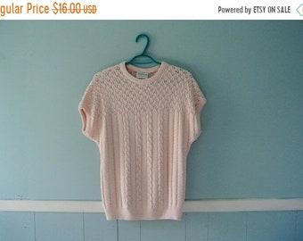 ON SALE Vintage Salmon Pink Pointelle Sweater /  70's Short sleeve summer knitwear / Size medium to large