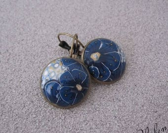 Earrings with a cabochon made of polymer clay