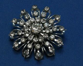 Vintage Coro Rhinestone Starburst Cluster Pin Brooch