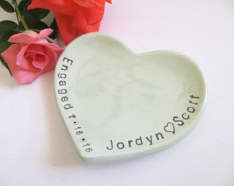 ring dish, ring holder, Engagement Gift, Wedding gift, Gift for couple, Bridal shower gift, personalized engagement gift, heart dish