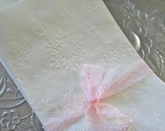 25 Glassine Bags Snowflakes, Favor Bags