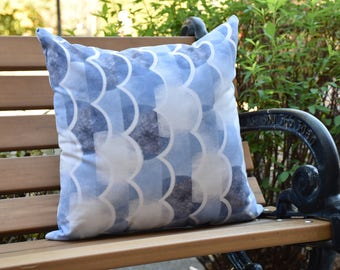 Zircoland 16 inch Blue Decorative Geometric Throw Outdoor Pillow