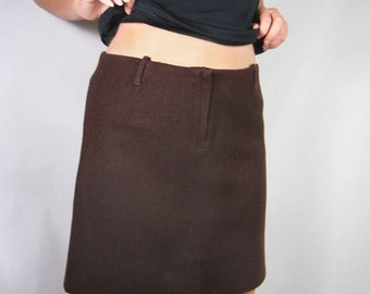Brown wool mini skirt A line shape from 1960s by Gurian Size M // mod // Mad Men