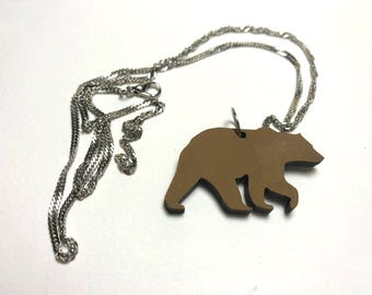 Grizzly wood bear necklace, for small gifts