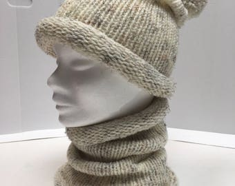 Set hat and snood to knitting