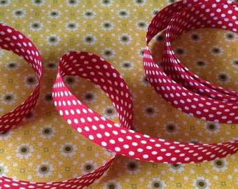 Pre-folded through 2cm, motif cotton white dots, for sewing, sold by the yard