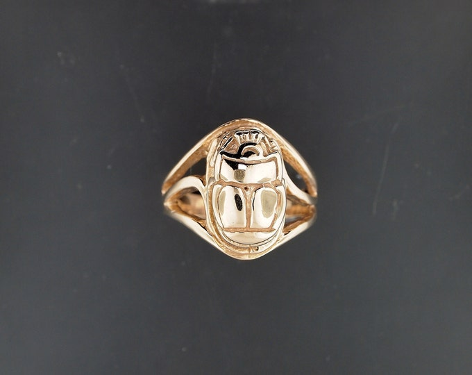 Egyptian Scarab Ring in Antique Bronze