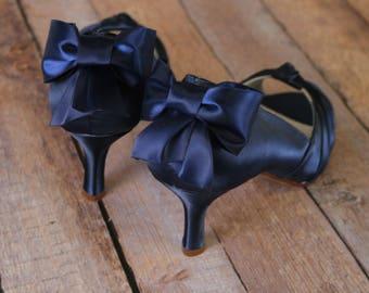 Navy Blue Wedding Shoes, Low Heel, Blue Bridal Accessories, Bow Wedding Shoes, Navy Blue Shoes, Custom Wedding Shoes