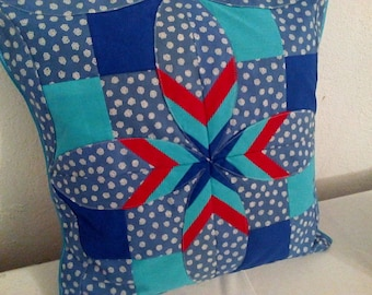 Cathedral windows pillow handmade quil patchwork 40x40 red and blue