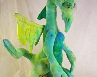 Parcival, a well behaved dragon sewing pattern PDF,  digital download