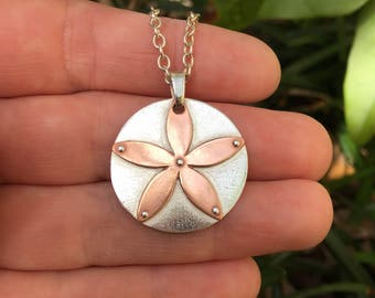 Sand Dollar Necklace, Silver Pendant Necklace, Beach Wedding Necklace, Copper Necklace, Beach Jewelry, Bold Necklace, Sand Dollar Jewelry