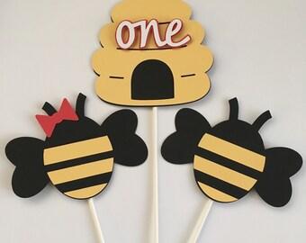 Bumble bee centerpieces