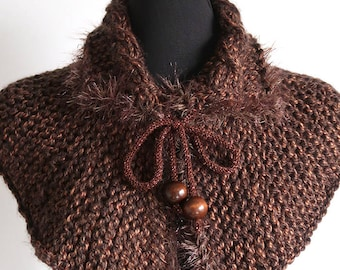 Outlander Inspired Brown Tweed Color Chunky Knitted Capelet Cape Collar Faux Fir Trim Cowl Gaiter with Cord Ties Wooden Beads