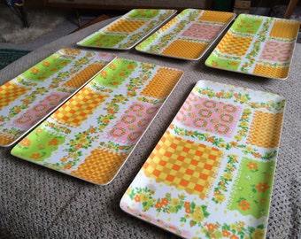 Snack or serving tray set of 6 hors d'oevres retro flower power dinner dessert