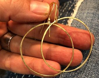18k solid gold hoops 18 karat dangle hoops hammered matte finish