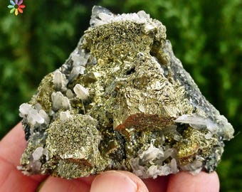 Amazing Quartz with Chalcopyrite, Crystal, Mineral, Natural Crystal