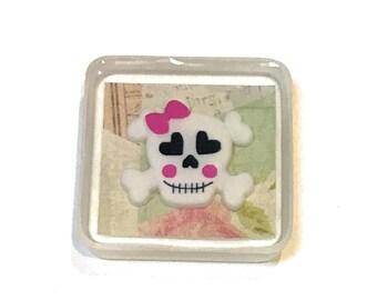 Skull Valentine Resin Pendant