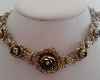 Rosy And Romantic Floral Choker Necklace ~ Beautiful Vintage Jewelry
