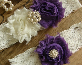 Ivory & Purple Wedding Garter / Garter Set / Vintage Inspired Lace Garter / Bridal Garter / Toss Garter