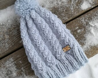Braided cable toque