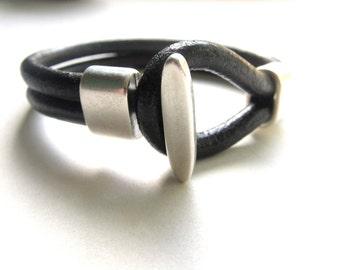 Mens Leather Bracelet,Leather Bracelet,Mens Bracelet,Mens Braclet,Mens Leather Braclet,Men Bracelet,Leather Bracelet Men,Black Leather,Gift