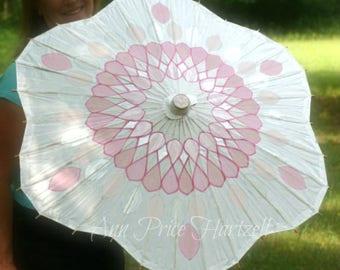 Parasol Flower Shaped - pink crystal pattern on white parasol