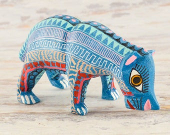 A1433 Bear Alebrije Oaxacan Wood Carving Painting Handcrafted Folk Art Mexican Craft