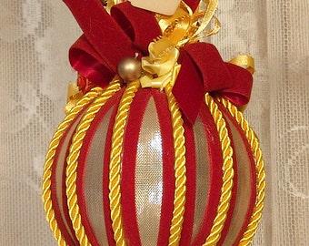 Handmade VICTORIAN CHRISTMAS Ornament / Keepsake - Vintage Style - Sunflower & Rust - No14