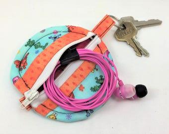 Round Zipper Earbud Pouch - Cute alilen fabric