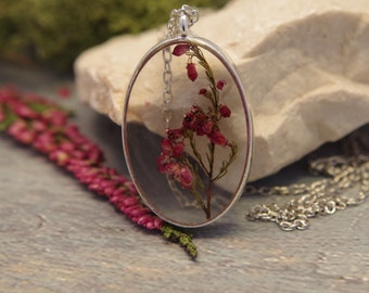 Real flower necklace Flower resin pendant Pressed flower necklace Dried flower pendant Flower jewelry Natural Plan Mothers day gift for mom