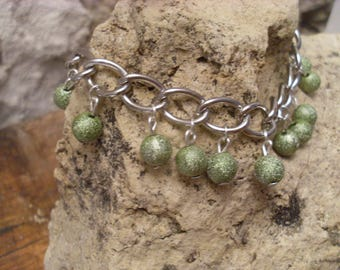 Bracelet with olive beads