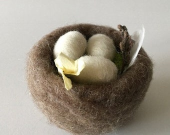 Needle Felted Bird's Nest - Light Brown